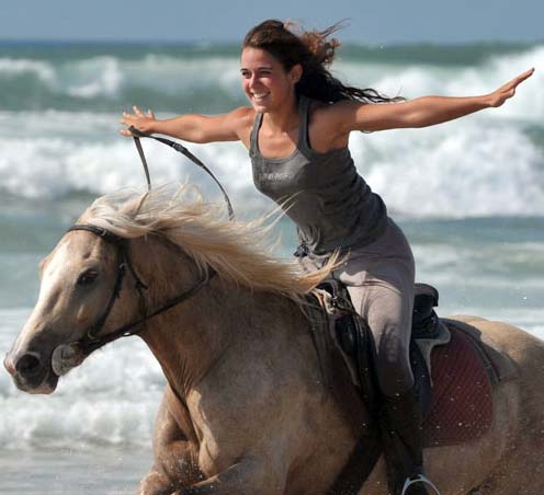 horseback_riding_beach-lg01